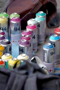 spray-cans-782509_1280